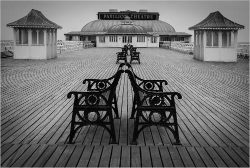 Int HC. Cromer Pier by Alan Fowler