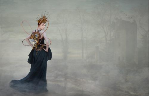 Adv 2nd The Temptress by Hugh Stanton