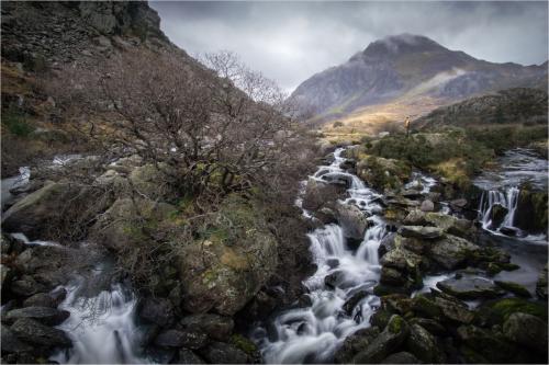 04 Pen-y-benlog falls; Hugh Stanton